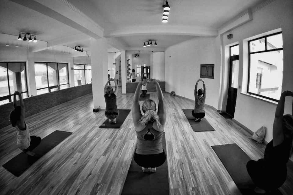 alma_school_yoga_pilates_baleal_peniche