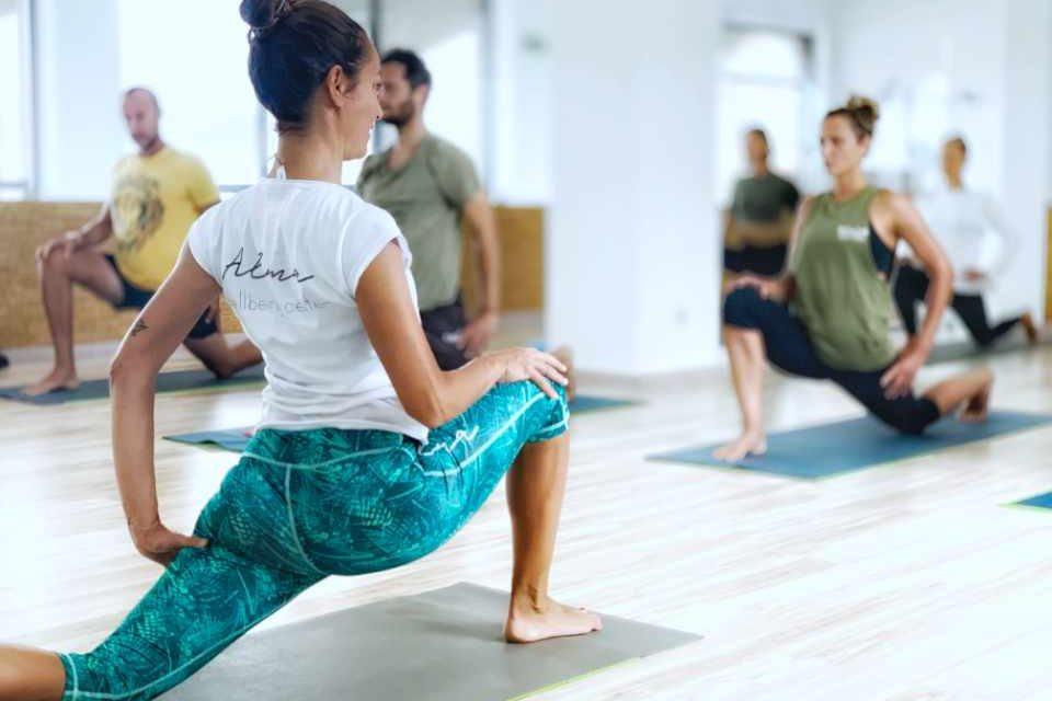 lesson_yoga_pilates_alma_baleal_peniche_portogallo