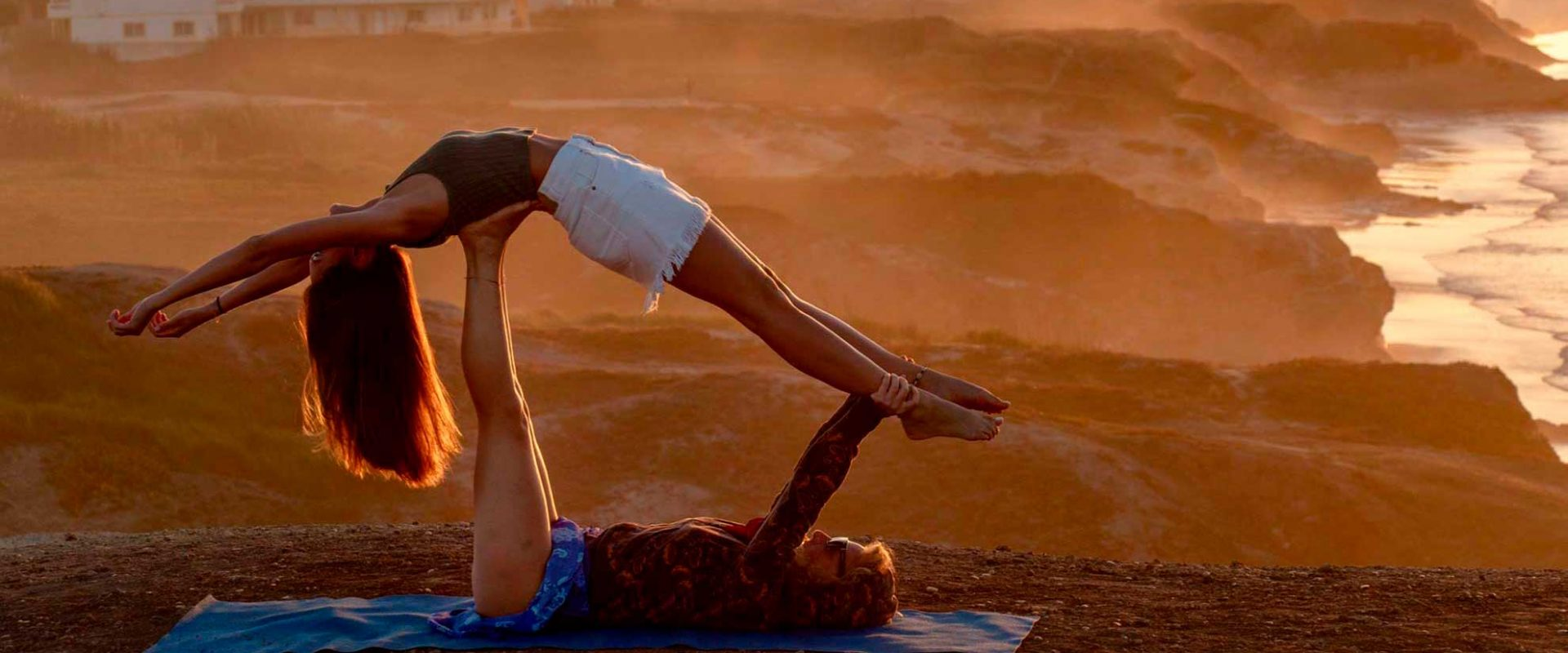 yoga_outdoor_peniche_portugal_tablet