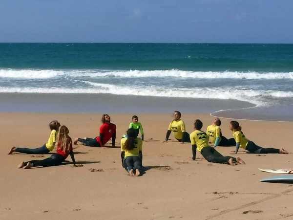 yoga_surfnesslodge_peniche_portugal